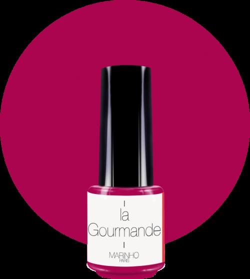 vernis semi-permanent couleur framboise marinho paris sur rond couleur framboise